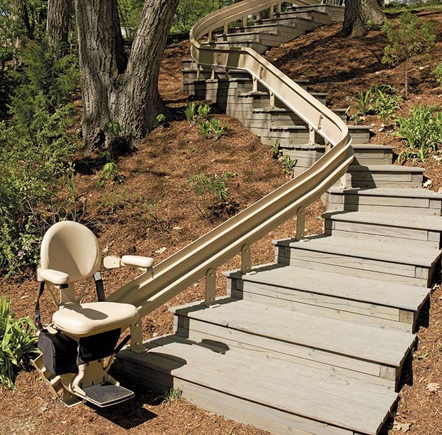 Bruno Elite Outdoor Curved Stair Lift Installed in Appleton, WI